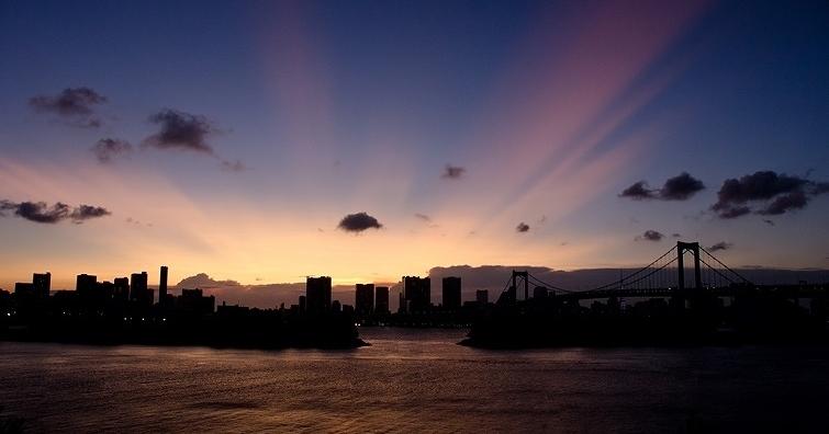 東京湾のマジックアワー